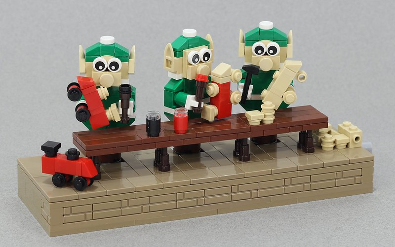 MOC natalizie - Elf Workshop