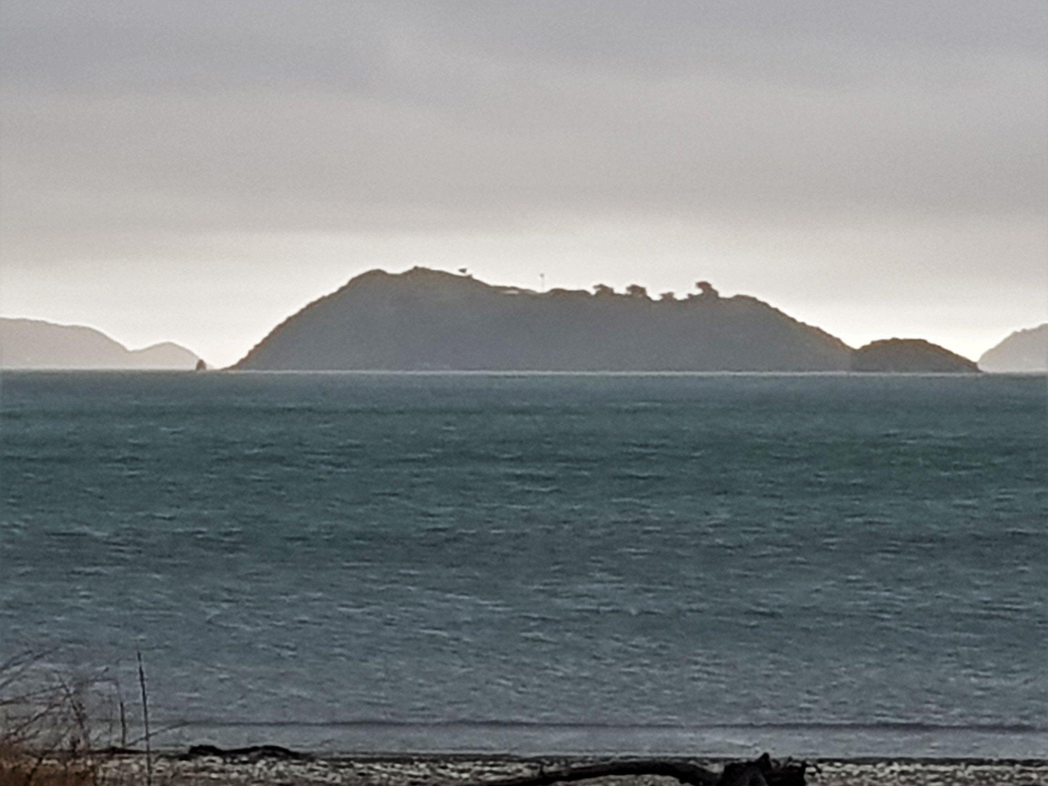 20181108_194014 (The island)