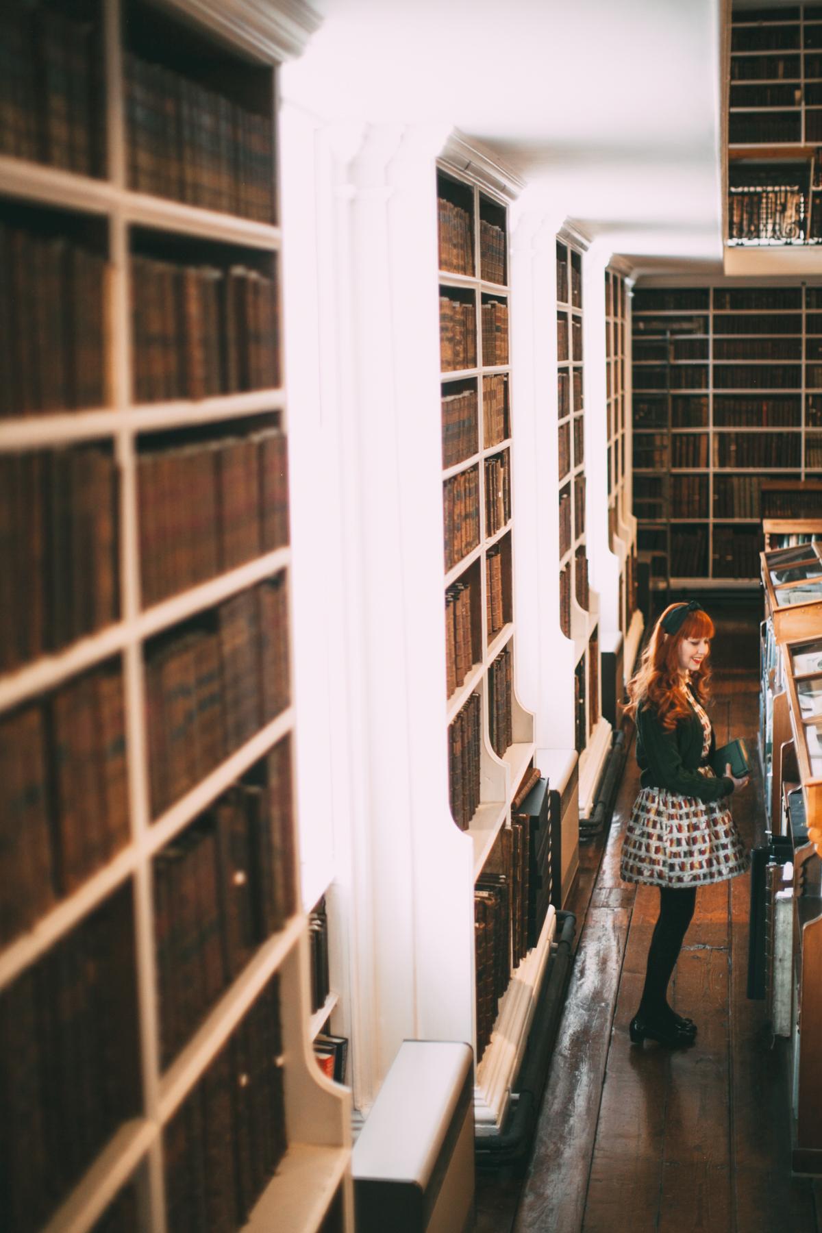 book dress-3