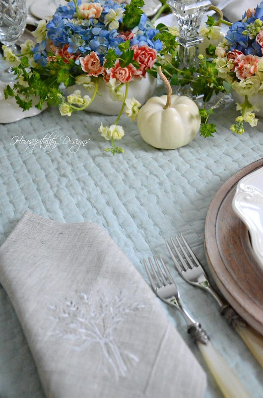 Autumn Tablescape-Housepitality Designs