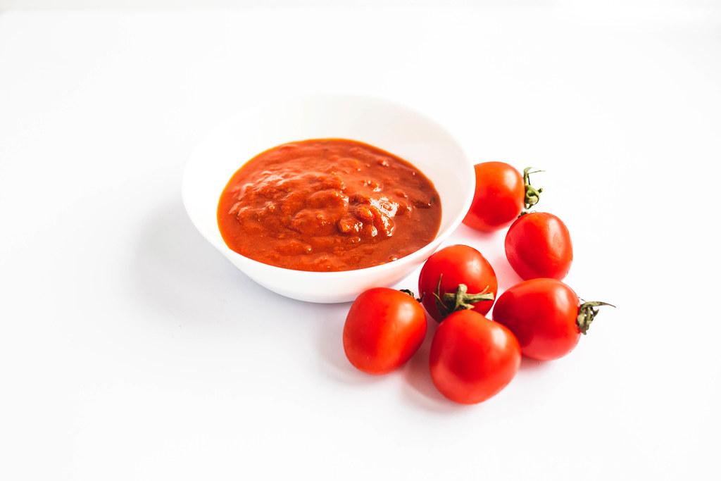Risultati immagini per bruschette al pomodoro