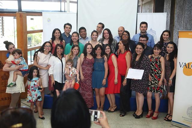 """Graduación del diplomado """"Convivencia escolar: Formación de comunidades de aprendizaje y buen trato """""""
