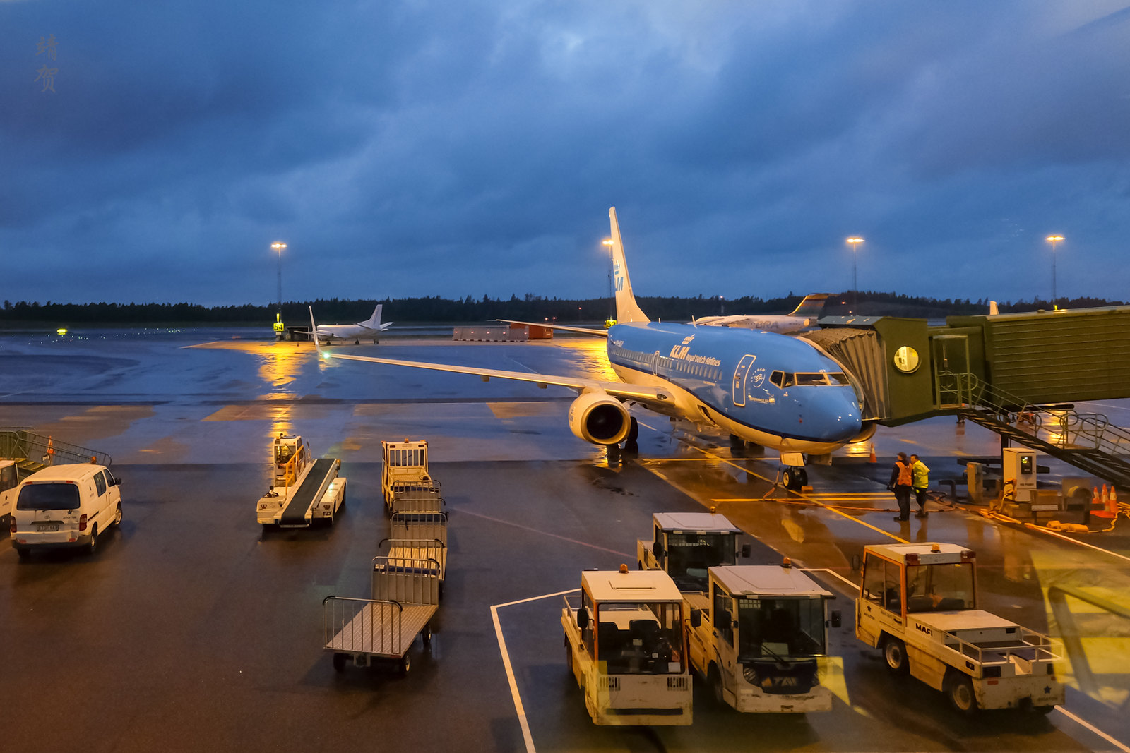 KLM 737-700