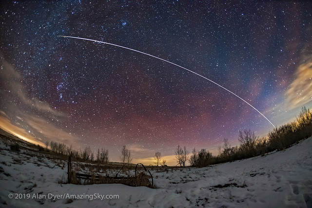 The ISS, Airglow, and, Canon EOS 6D MARK II, Canon EF 15mm f/2.8 Fisheye