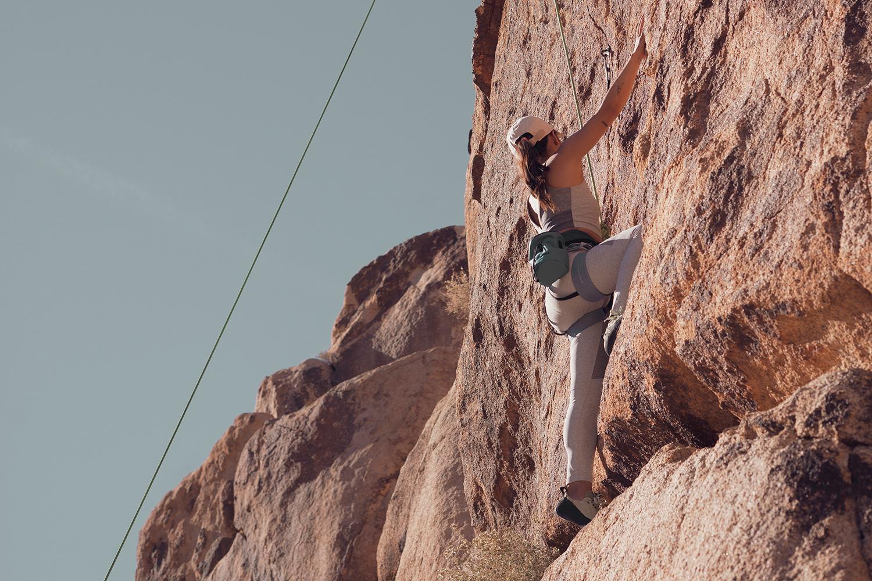 01rockclimbing-ropeclimbing-bouldering-joshuatree-fitness