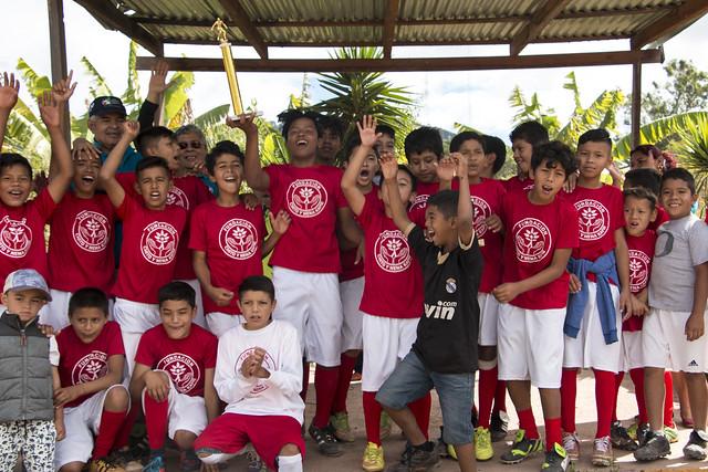 Realizamos campeonato de fútbol en la Col. La Era