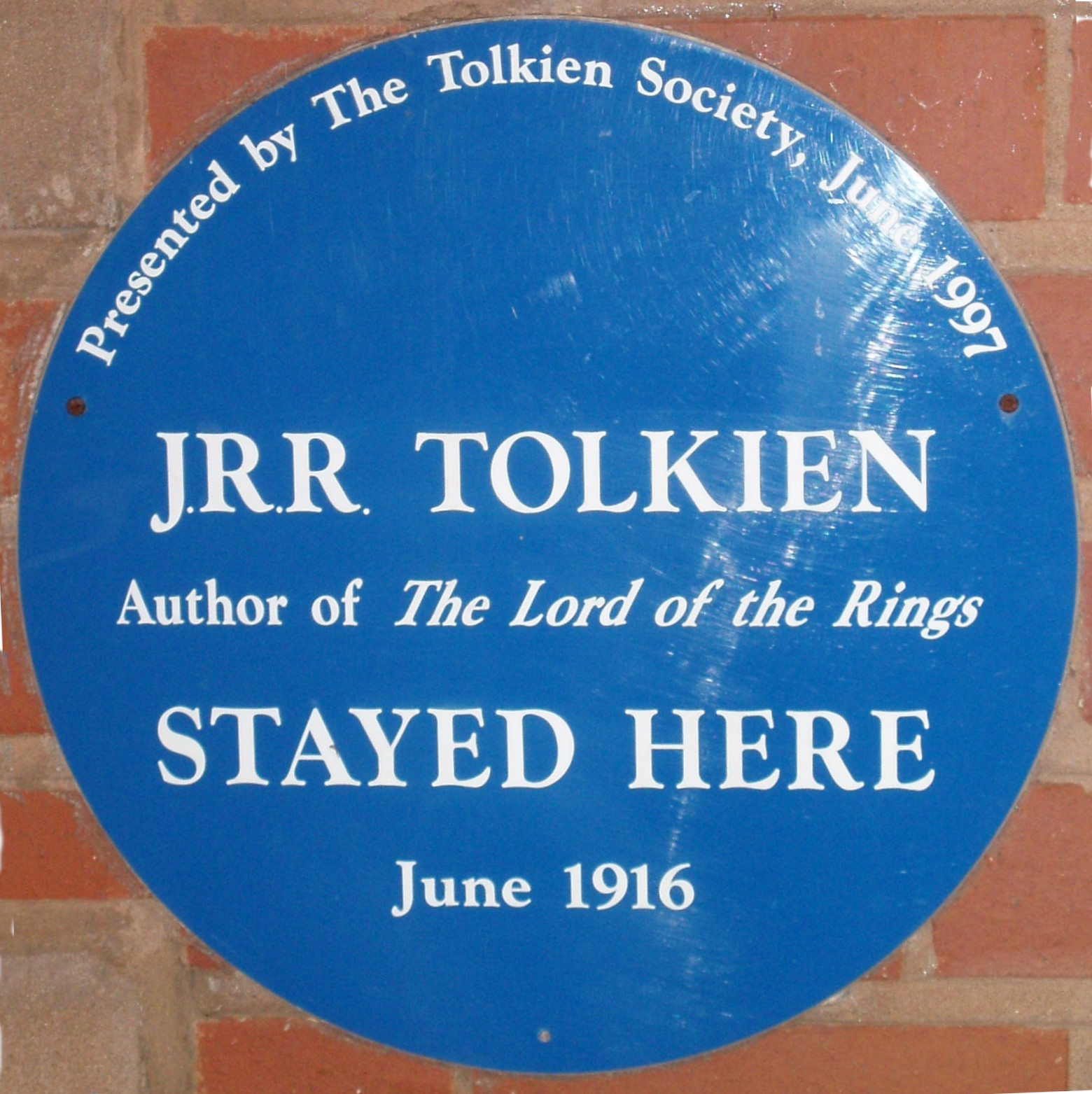 Blue plaque on the Plough and Harrow hotel, Birmingham, commemorating J. R. R. Tolkien's stay there in June 1916. Photographed in October 2005.