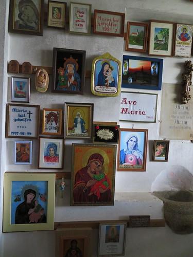 20170928 01 636 ostbay Weißenregen Kirche VotivTafeln Maria