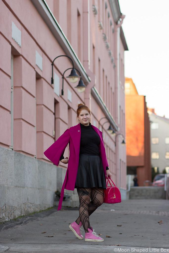 Kuopio_paivan_asu_nahkahame_villakangastakki-8