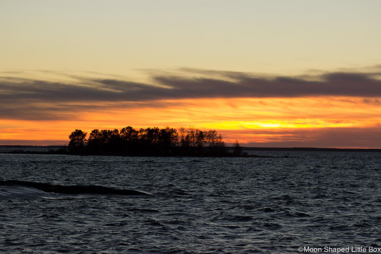 Fäboda, Pietarsaari, Jakobstad, november 2018, auringonlasku merellä, auringonlasku