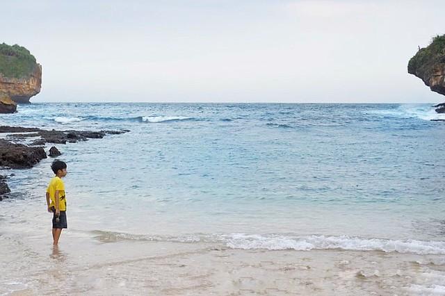 Pantai Gesing Gunung Kidul