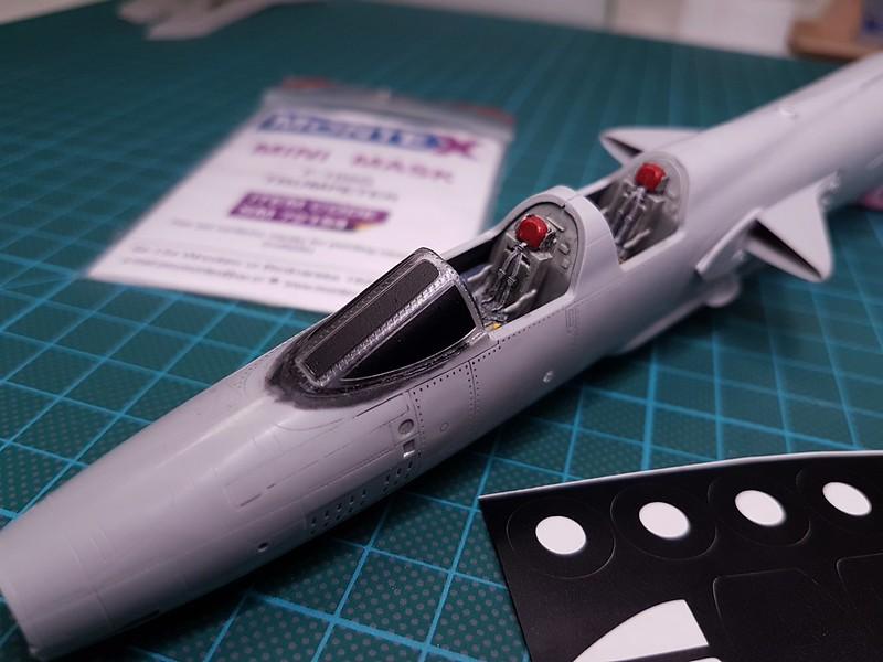 Trumpeter 1/72 F-105G Wild Weasel - Sida 2 46811436091_42fd53549f_c