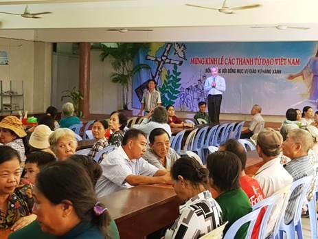 Caritas Giáo Xứ Hàng Xanh - Bữa Cơm Nhân Ái