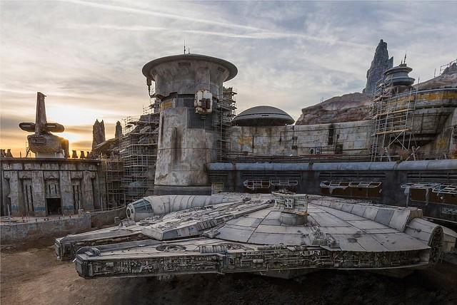 【新增官方圖片&短片介紹】『星際大戰主題樂園』成為「絕地武士」的夢想就快實現了!!!