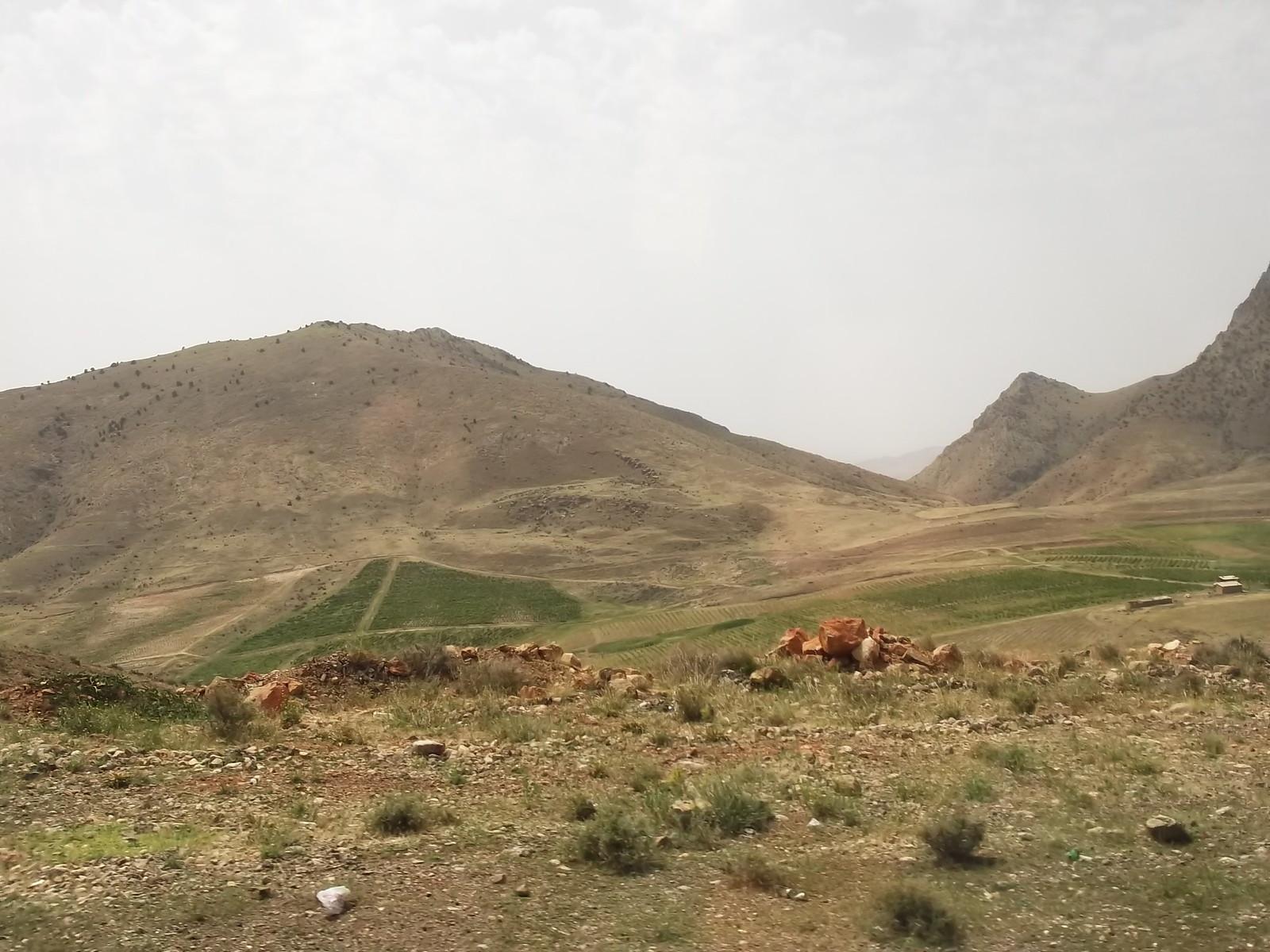 iran 1075