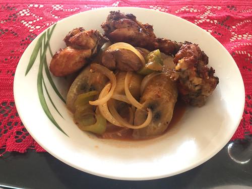 56 - Chicken & plantains / Hähnchen & Kochbananen