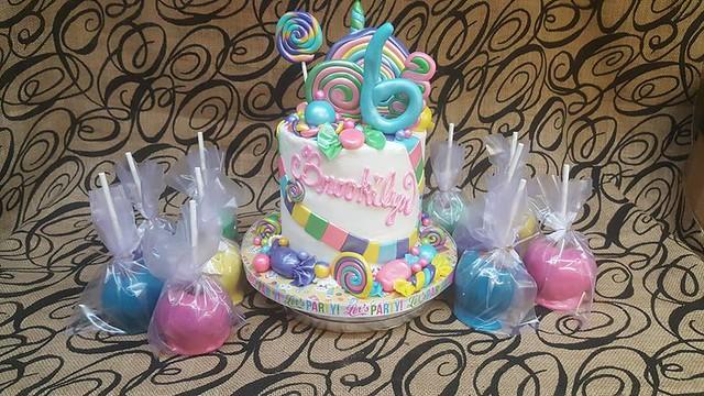 Cake by Cakesbydelo