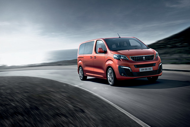 Comprar Peugeot Traveller