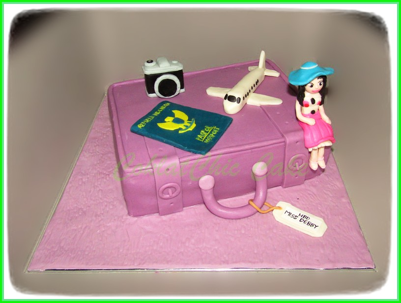 Cake Travel Miss DEBBY 15 cm