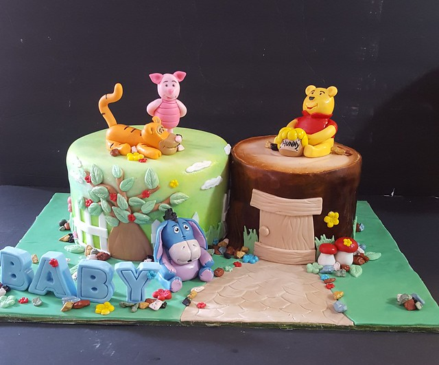 Cake by Moody Kake Baker