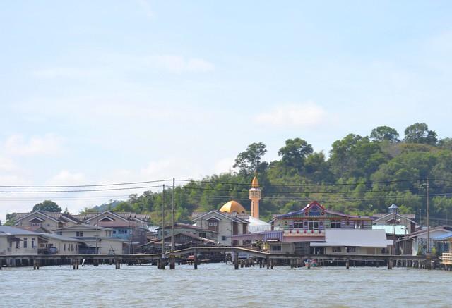 kota kinabalu brunei itinerary kampung ayer water village