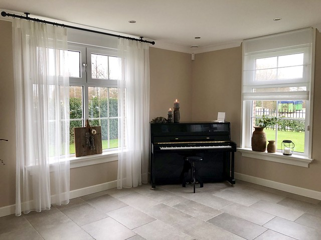 Zwarte piano woonkamer landelijk