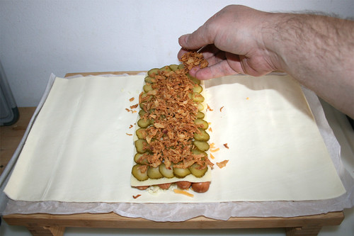 15 - Röstzwiebeln aufstreuen / Add fried onions