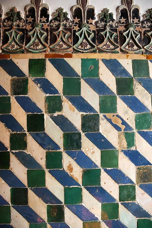 800px-Palácio_Nacional_de_Sintra_DSC04993_-_SINTRA_(33008665870)