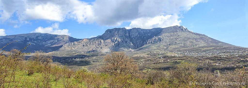 панорама гор Крыма в апреле
