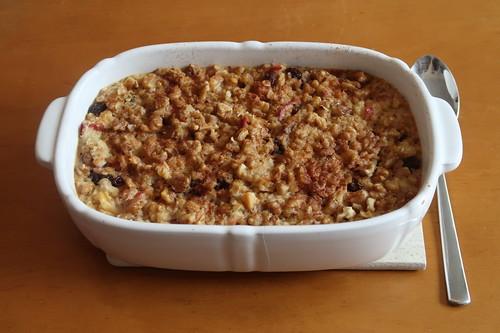 Gebackener Hafer-Walnuss-Apfel-Porridge