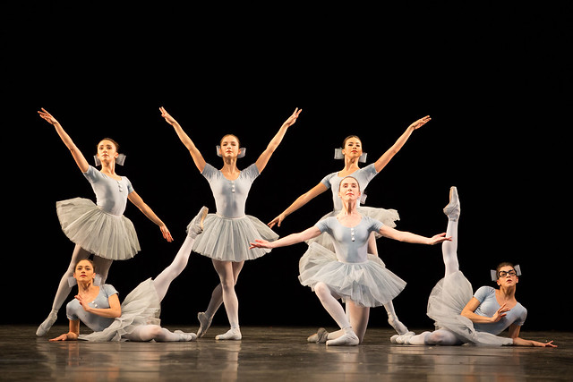 Gemma Pitchley-Gale, Romany Pajdak, Ashley Dean, Leticia Dias, Kristen McNally and Mayara Magri in The Concert, The Royal Ballet © 2018 ROH. Photograph by Alice Pennefather