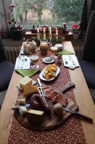 Frühstück am Morgen des Heiligen Abend