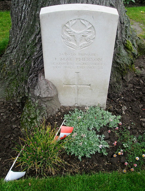Commonwealth War Grave, Essex Farm Cemetery, Ypres