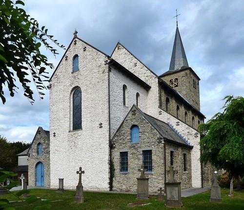 Ename 13 - Van dorp tot bos - Sint-Laurentiuskerk