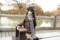 Hanako and Fountain Bench 2