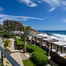 Resort living por Tony Scuvotti