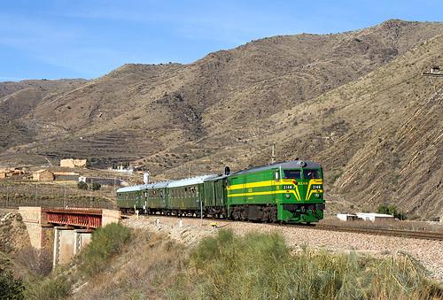Tren charter alquilado por PTG Tours durante el trayecto Madrid-Teruel.