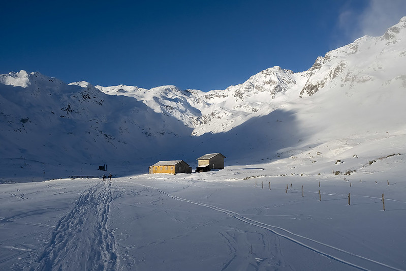 Scialpinismo alla Cima di Val Loga: Partenza da Montespluga