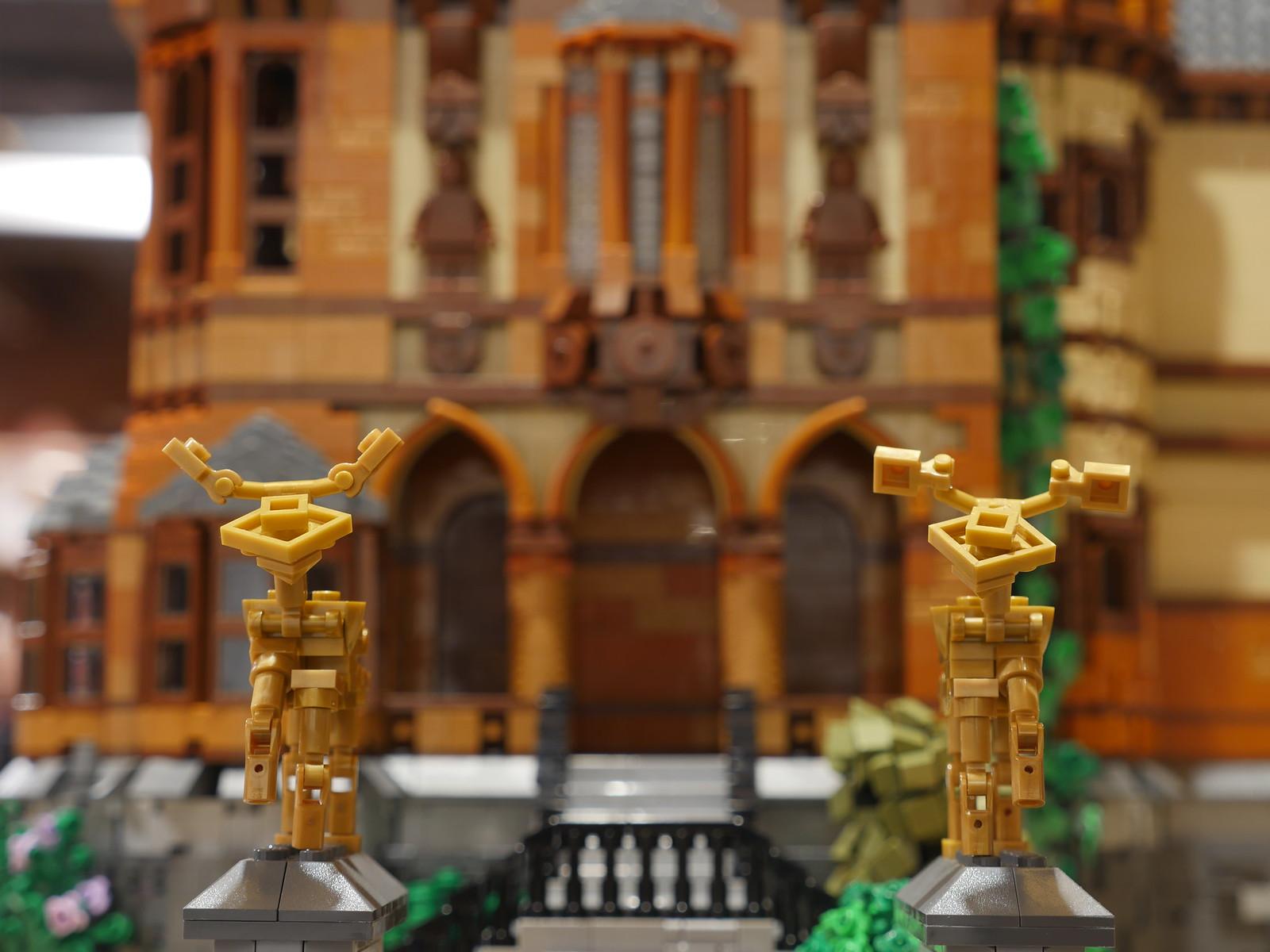 LEGO castle architecture