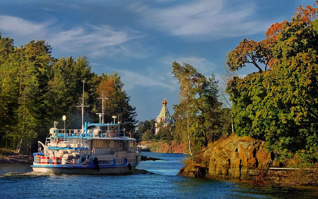 St._Nicholas_Skete_on_island_Valaam_on_Ladoga_lake_and_little_ship.