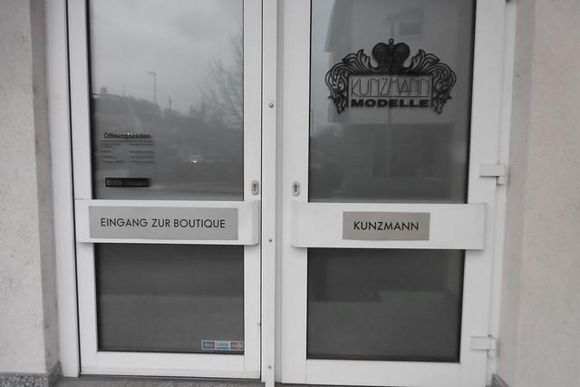 Entrance to latex world, Panasonic DMC-SZ10