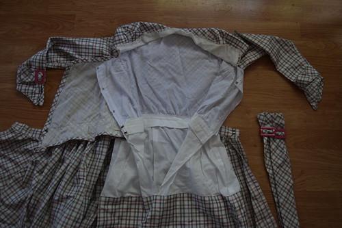 Plaid Dress Fastenings 2