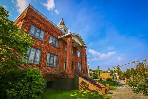 building church architecture brick bricks redbrick street mainstreet town smalltown landscape cityscape outdoors bluesky clouds weather andrews northcarolina usa windows stainedglass stairs stairway