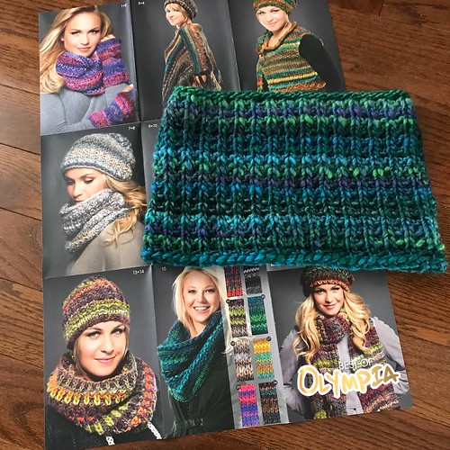 Design 7 and 8 Hat and Cowl from Lana Grossa's Best of Olympia pattern foldout knit in Olympia colour 25 is satisfyingly quick!!