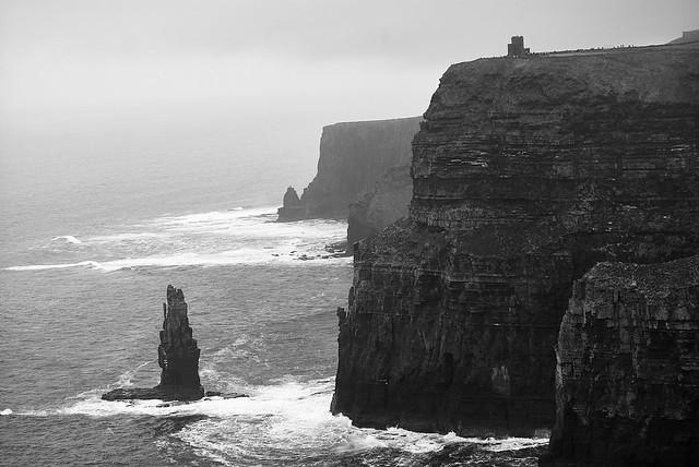 cliffs_moher_L2014261