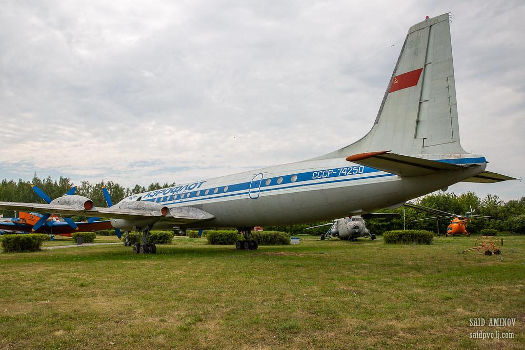 H18A3803