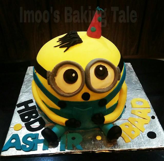 Minion Cake by Iram Iqbal of Imoo's Baking Tale