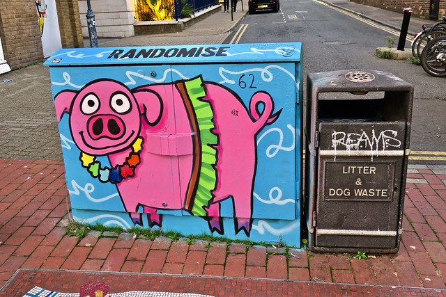 Randomise, Brighton, UK, Canon POWERSHOT G9 X
