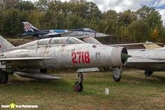 2718---662718---Polish-Air-Force---Mikoyan-Gurevich-MiG-21U-600---Savigny-les-Beaune---181011---Steven-Gray---IMG_5624-watermarked