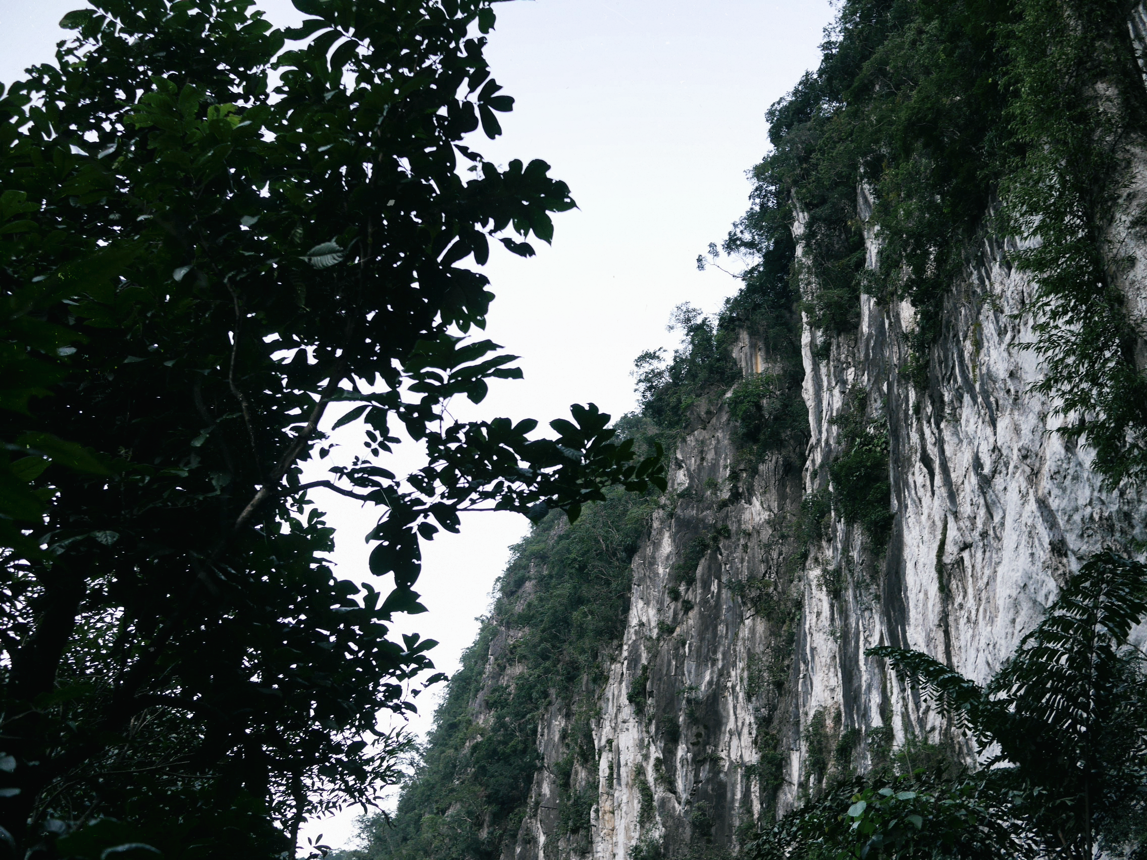 doi cave
